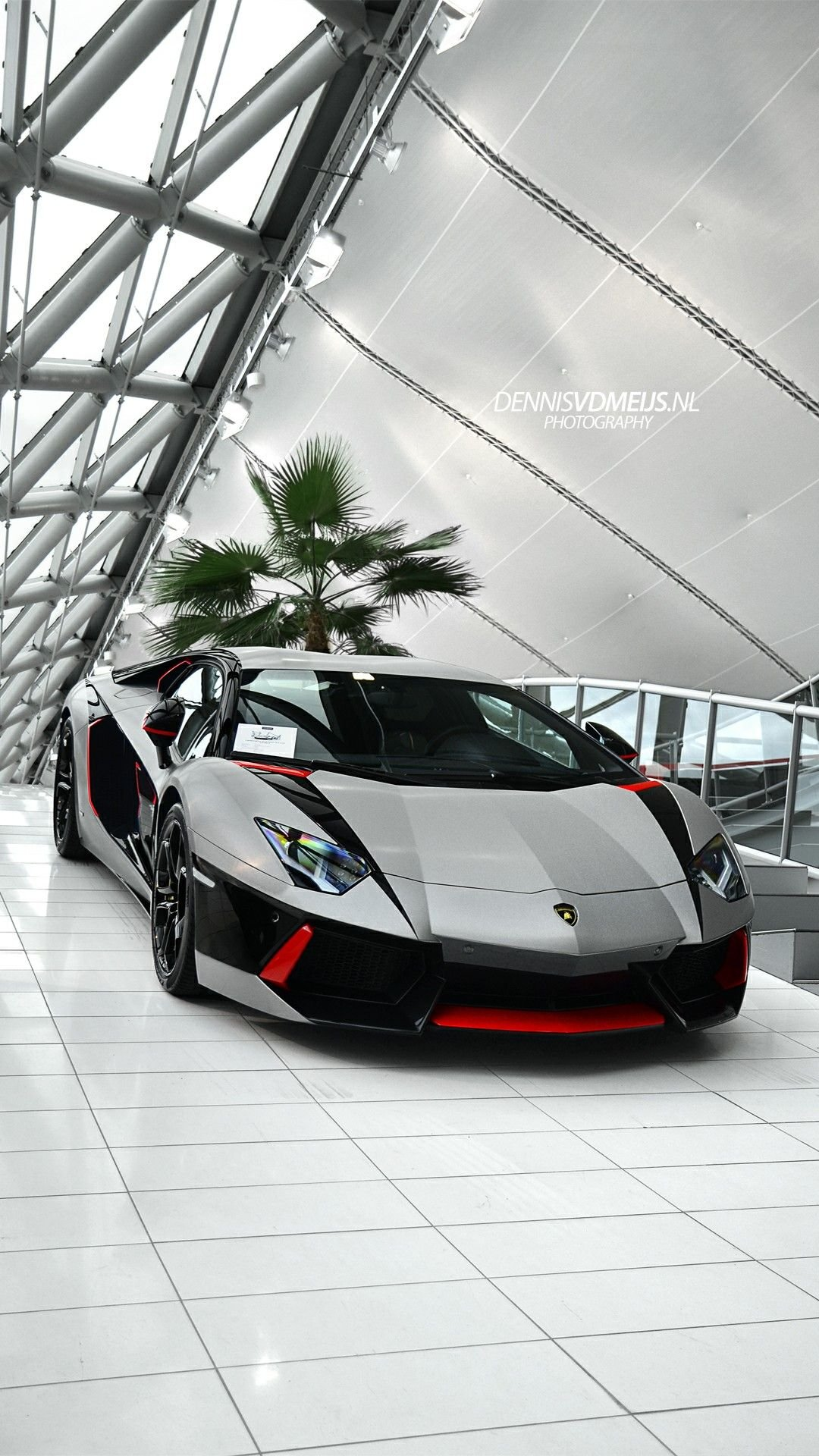 Iphone 5s Hd壁紙1080p 陸上車両 車両 車 スーパーカー ランボルギーニアヴェンタドール ランボルギーニ 高級車 スポーツカー 個人の高級車 Wallpaperkiss